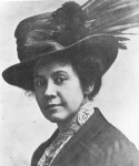 amy-lowell-with-hat